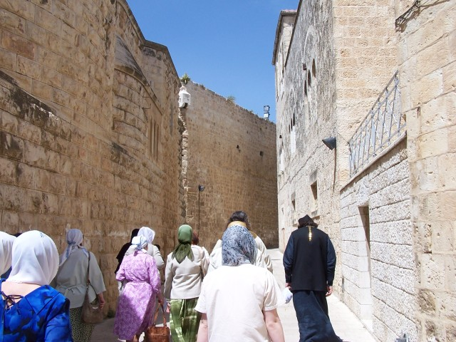 Walking towards Zion Gate and entry into the city