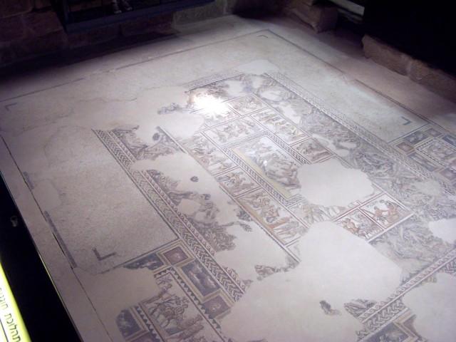 "Zippori - Citadel room with ""triclenium"" and mosaic surround"